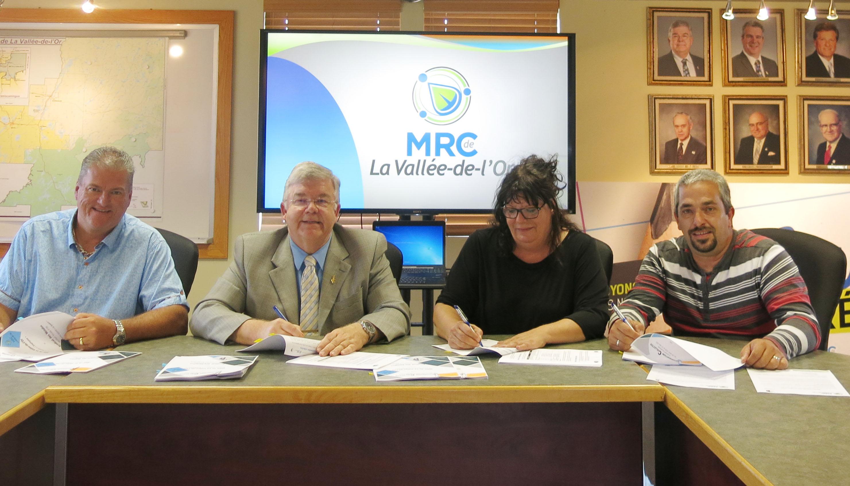 NOUVELLE CONVENTION COLLECTIVE POUR LES EMPLOYÉS  DE LA COLLECTE DES MATIÈRES RÉSIDUELLES DE LA MRC DE LA VALLÉE-DE-L'OR